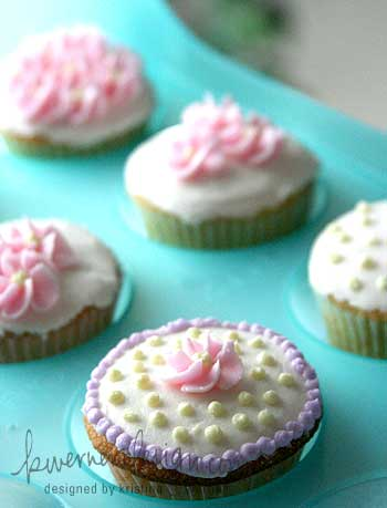 cupcakes2-082307.jpg